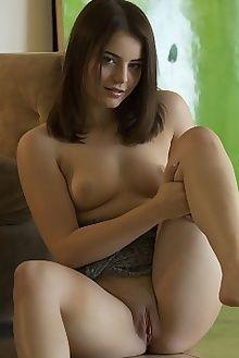 Kylie Quinn in Seinta by C. Lightfoot